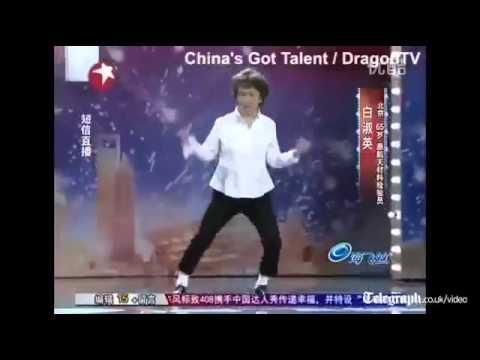 """Bà già gây """"sốt"""" vì nhảy giống Michael Jackson _get4share.com"""