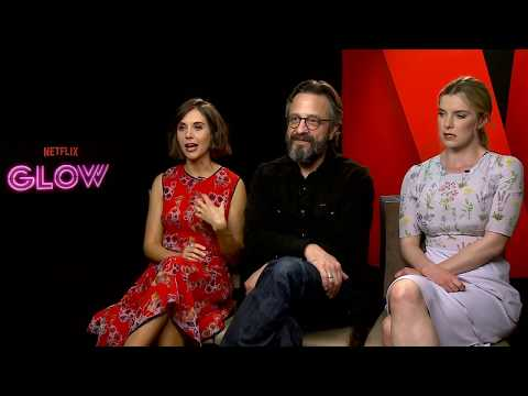 Glow Season 1 Alison Brie & Betty Gilpin & Marc Maron