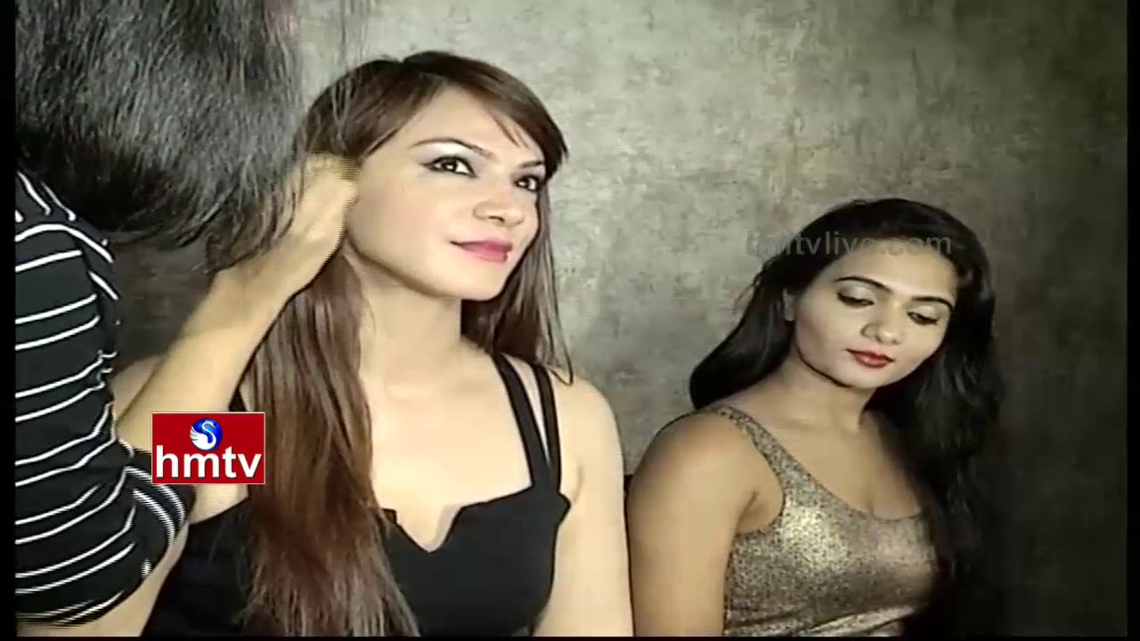 Models Getting Ready At Backstage Dressing Room Hyderabad Hmtv