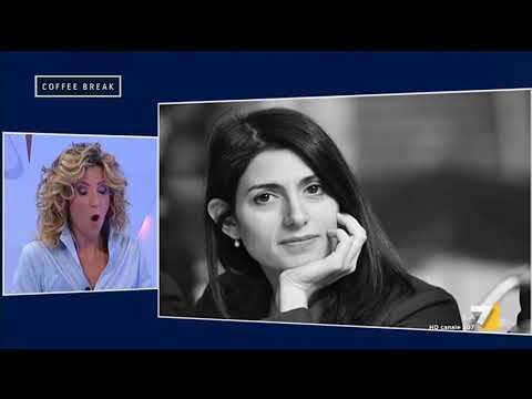 Lezzi (M5s): 'Sono fiera e orgogliosa del lavoro di Virginia Raggi a Roma'