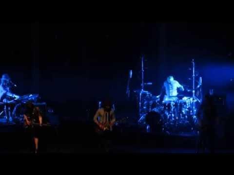 Angus & Julia Stone - A Heartbreak Live