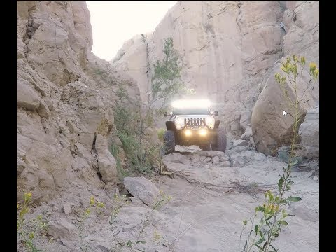 Anza Borrego Off Road -  Trail include the Slot, Fish Creek, and Sandstone Canyon