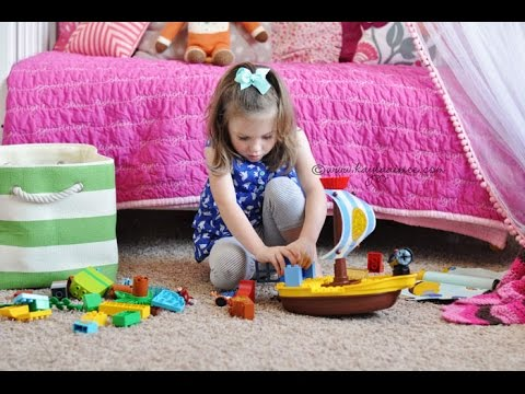 Surprising Scarlette With A Jake And The Neverland Pirates LEGO® DUPLO® Set