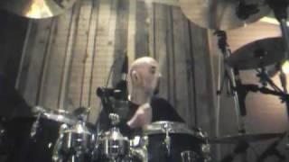 Dubioza Kolektiv - Niko nije kriv (MTV Live)