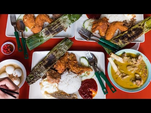 Famous Singaporean Food - Adam Road NASI LEMAK in Singapore!