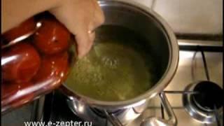 Маринованные помидоры - видео рецепт(Консервируем помидоры на зиму - проверенный видео рецепт вкусных маринованных помидоров. На зиму - то, что..., 2010-08-16T09:05:34.000Z)