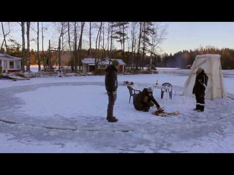 Ice carousel