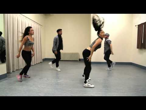 Dance zumba fitness booty jlo funnycat tv for 1234 get your booty on the dance floor lyrics