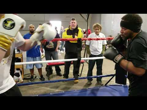 STREETBEEFS THE MAD TITAN VS EAST VK BOXING