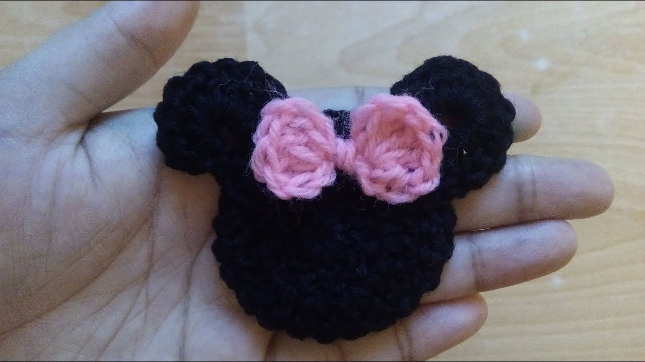 How To Make Crochet Minnie Mouse Applique Youtube