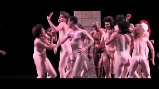 Repeat youtube video Tragédie - création Olivier Dubois - Festival d'Avignon 2012