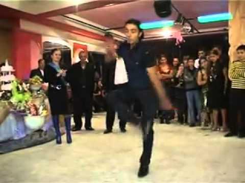 Слегка ненормальный цыганский танец!