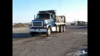 2001 Sterling LT9501 tri axle dump truck for sale | sold at auction February 14, 2013