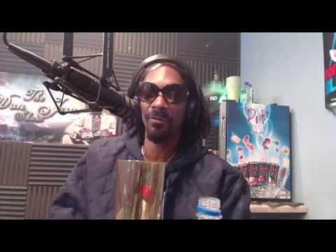 """Snoop Dogg & Bishop Don Juan Discuss Pimping & """"Loving Ho*s"""""""