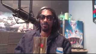 "Snoop Dogg & Bishop Don Juan Discuss Pimping & ""Loving Ho*s"""