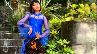 Gambar cover CINGKRONG GOWANG - Eva Claudia