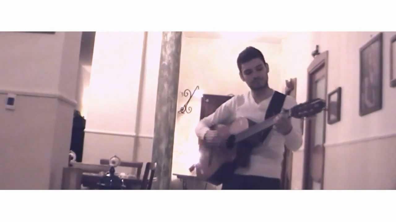 Nella Vasca Da Bagno Del Tempo Erica Mou.Erica Mou Nella Vasca Da Bagno Del Tempo Video Cover Acustica Piano Chitarra Sanremo 2012
