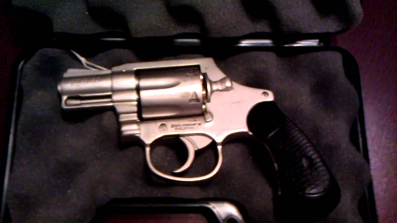 Smith and Wesson Look Bersa Firestorm FSR 38 Special Revolver