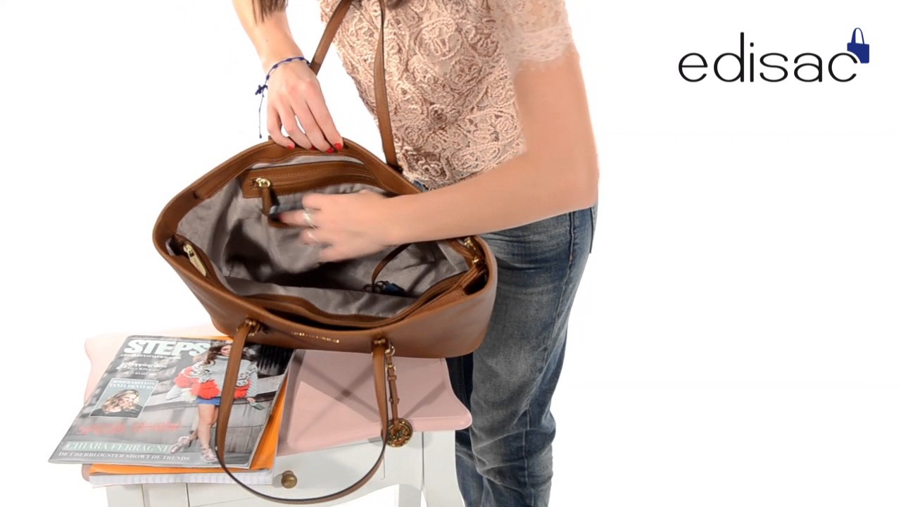 00a6d50f1d Cabas Michael Kors - Ligne Jet set travel - YouTube