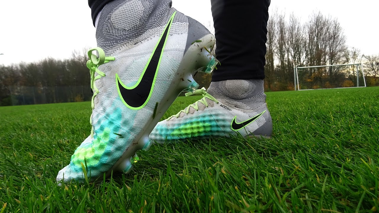 e895a48d8c61 TEST: Nike Magista Obra II Elite - Kevin de Bruyne 2017 - YouTube