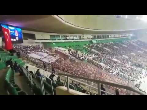 Bursaspor - Trabzonspor Maçı Tribünlerde 61. Dakika şovu