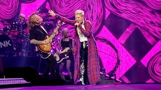 P Nk Funhouse Just A Girl No Doubt Cover Medley Beautiful Trauma World Tour, Vancouver.mp3