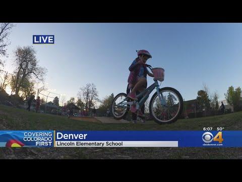 Lincoln Elementary School Celebrates Bike To School Day
