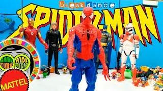 SpiderMan y Iron Man, BATALLA BREAK DANCE de SUPERHEROES, divertido vídeo de juguetes para niños.
