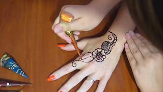 Подарок маме мехенди своими руками.Как рисовать тату хной.Видео для девочек♥DIY♥Идеи рукоделия!(Подарок маме мехенди своими руками.Как рисовать тату хной.Видео для девочек ЗАРАБАТЫВАЙ НА СВОИХ ВИДЕО!Под..., 2016-09-12T06:44:59.000Z)