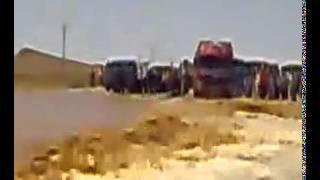 حافلة نقل مسافرين تنجو بأعجوبة من الواد بالقرب من دخلة بشار 20 كلم