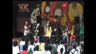 GINGA - Lagu Santai (Steven Coconut Treez Cover) Live @ Museum Mandiri