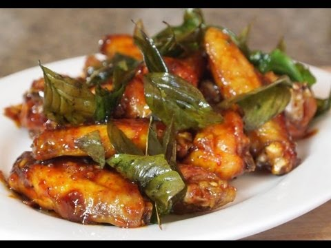 Thai glazed garlic chicken wing recipe youtube thai glazed garlic chicken wing recipe forumfinder Choice Image