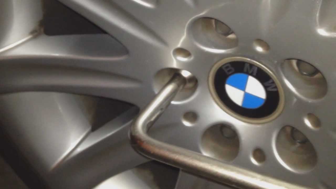 tire size for 03 bmw 745i