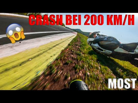 Ich Stürze Bei 200 Km/h | Most | Rennstreckenvlog