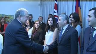 Արմեն Սարգսյանը տիկնոջ հետ այցելել է Միացյալ Թագավորության դեսպանատուն