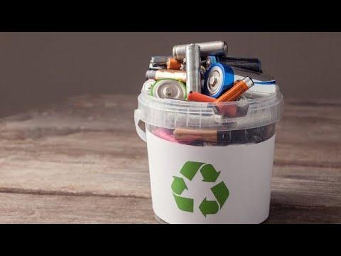 Vì sao không được vứt pin đã qua sử dụng vào thùng rác | Trí Thức VN