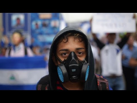 Thousands flee violence in Nicaragua as government cracks down on protesters