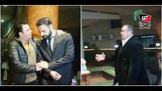 «فؤش» وهشام عباس يقدمان العزاء فى والد الشاعر أمير طعيمة