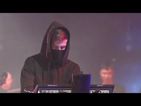 Faded- Alan Walker |League of Legends Live: A Concert Experience at Worlds (2017)