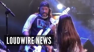 Metallica's Robert Trujillo Joins Son Tye + Korn Onstage!