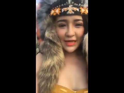 Sexy aboriginal women