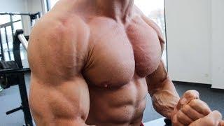 BRUSTMUSKELTRAINING: SO baust du eine massive Brust auf! BRUST ÜBUNGEN im BRUST TRAINING