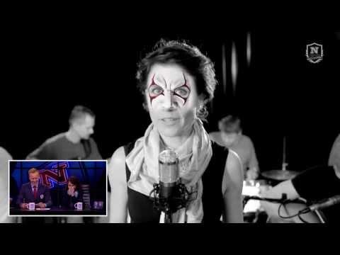 Mia Lyhne spiller heavy metal