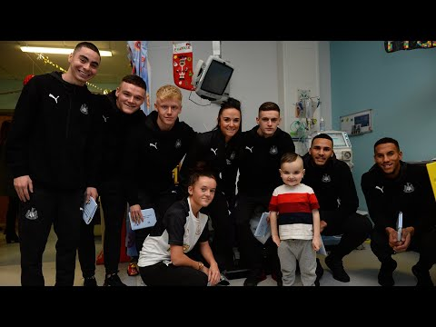🎄✨ Newcastle United's Visit to the Royal Victoria Infirmary