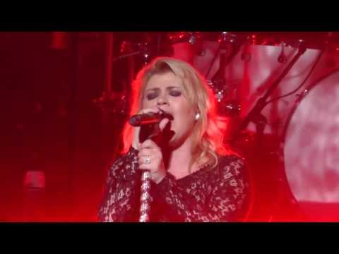 Kelly Clarkson Sept 5, 2013: 12 - Miss Independent - SPAC, Saratoga Springs, NY