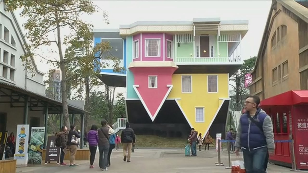 Upside Down House In Taiwan Attracting Visitors Youtube