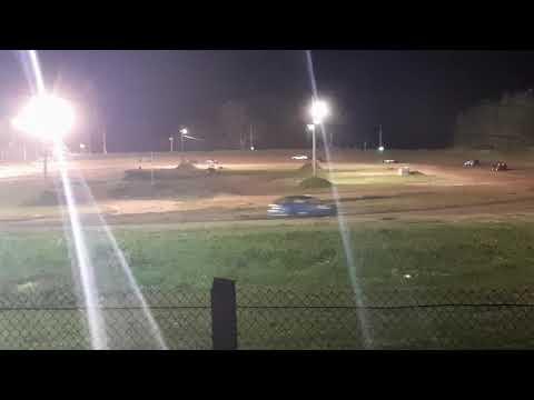 4 cylinder feature at paradise Speedway Geneva NY 8/31/2019