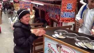 Έτσι σερβίρουν το παγωτό στην Κωνσταντινούπολη!