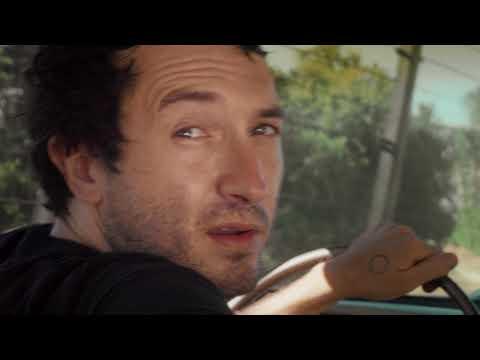 Смотреть клип Mikal Cronin - Show Me