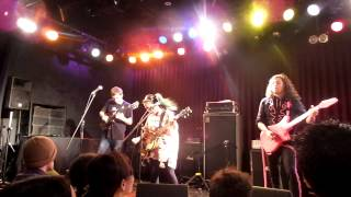 "Deerhoof - ""Fresh Born""/""We Do Parties"" live 12/8/2014 @ Shangrila, Osaka, Japan"